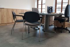 A.W.-loštice_tvaruzky_nova_kancelar_vinyl_gerflor_podlahy_nabytek_na_miru_dodani_kancelarskych_zidli_bytbyt_obchod-12