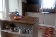 kuchyně_na_míru_bytbyt_rájec_www.bytbyt-5-Velké